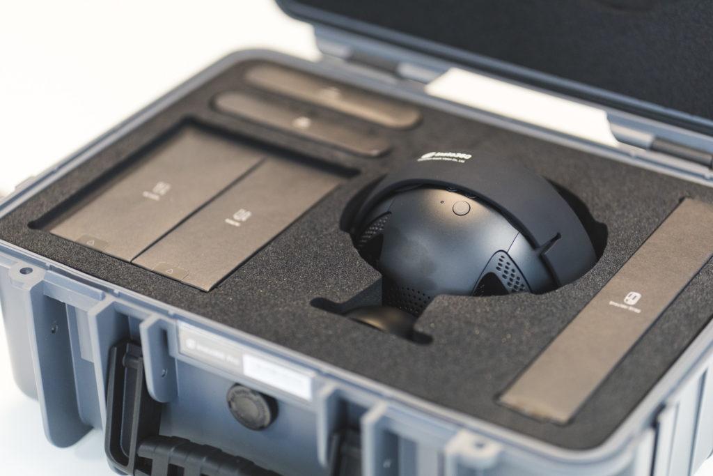 valise et caméra Insta360 8k
